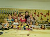 Předškolní skupinka z Mnichova na výletě v Plzni, kde si děti v DEPU2015 vytvořily ty nejkrásnější Plzeňačky